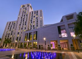 الوادي هوتل الدوحة - إم جالاري