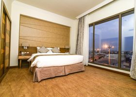 Golden Tulip Dammam Corniche Hotel