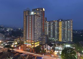 فندق ومركز مؤتمرات هاريس تشمبولويت - باندونغ
