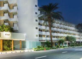 فندق بيراميزا الأقصر