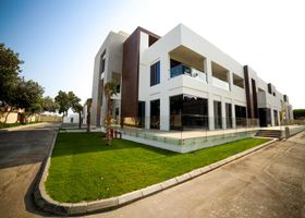 M Executive Residence & Boutique Hotel - Adults Only