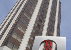 فندق وأجنحة رامادا