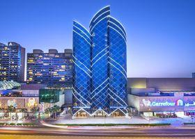 فندق سيتي سيزونس تاور بر دبي