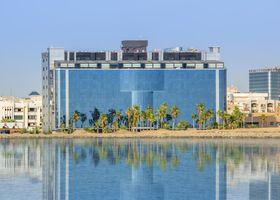 فندق ميرا الواجهة البحرية - جدة (سابقا رمادا كورنيش جدة)