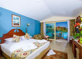 فندق شاطئ تيتانيك