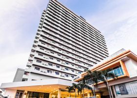 Avana Grand Hotel and Convention Centre