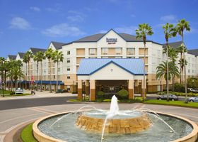 Fairfield Inn & Suites Lake Buena Vista in Marriott Village