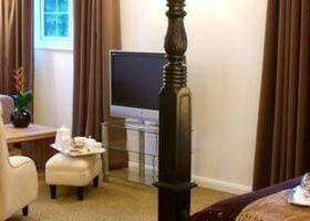 Lythe Hill Hotel, Restaurant & Spa