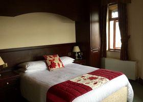 Woodborough Inn