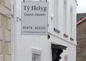 Ty Helyg Guest House