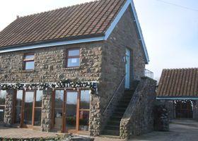 Tyn Cellar Farm Cottages