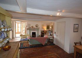 Downgate Villa, Petersfield 489346