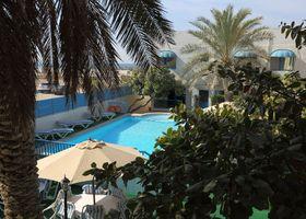 فندق فيلا إليسا، الكورنيش