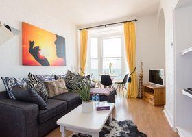 Ar Lan Y Mor Seaside Apartment