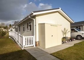 Cariad Lodge 73