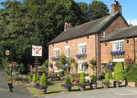 The Alvanley Arms - Inn