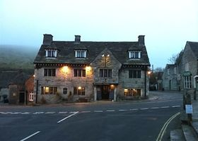 Bankes Arms Hotel