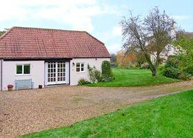 Oke Apple Cottage