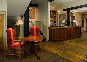 Marlborough Arms Hotel