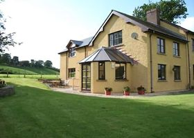 Pwllgwilym Holiday Cottages and B&B