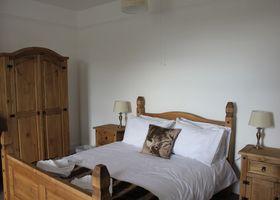 The Stonehenge Inn & Carvery