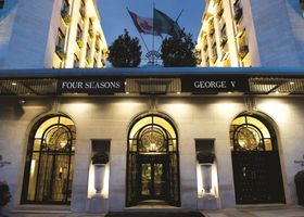 فندق فور سيزونز جورج الخامس باريس