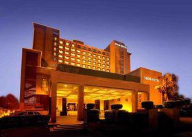 فندق ايروس نيوديلهي، نيهرو بليس