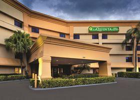 La Quinta Inn & Suites Miami Airport East