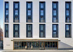 فندق بلجاري، لندن