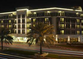 فندق تايم جراند بلازا، مطار دبي