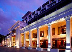 فندق سويس أوتيل بوكيت باتونغ