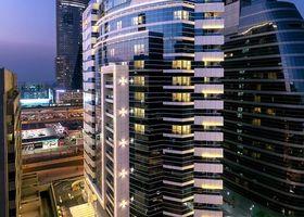 فندق دوسيت دي 2 كنز دبي