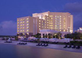 فندق تريدرز قرية البري أبو ظبي، باي شانجريلا