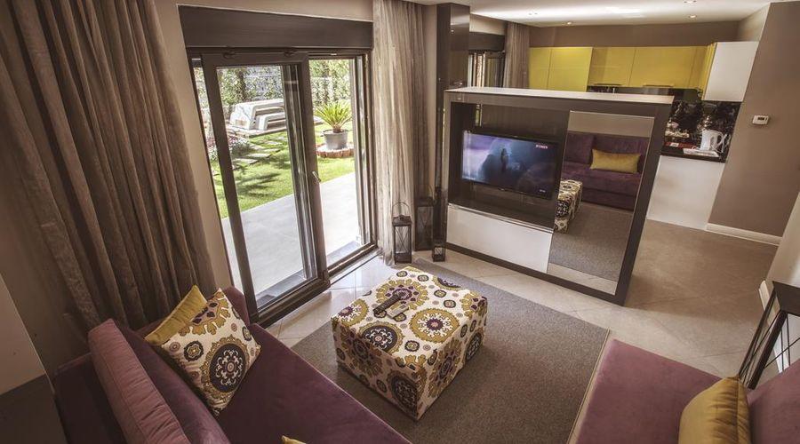 BMK Suites & Apartments-24 of 40 photos