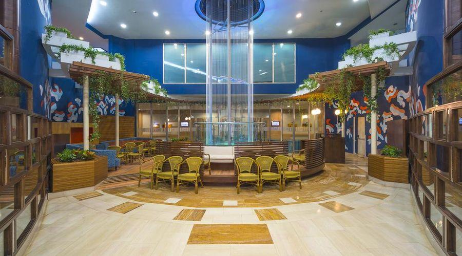 Concorde De Luxe Resort -8 of 30 photos