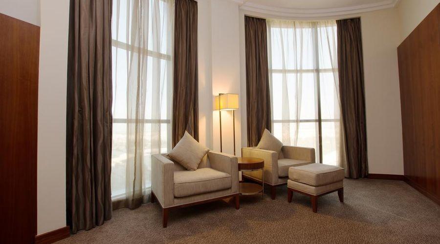 Holiday Inn Abu Dhabi-14 of 32 photos