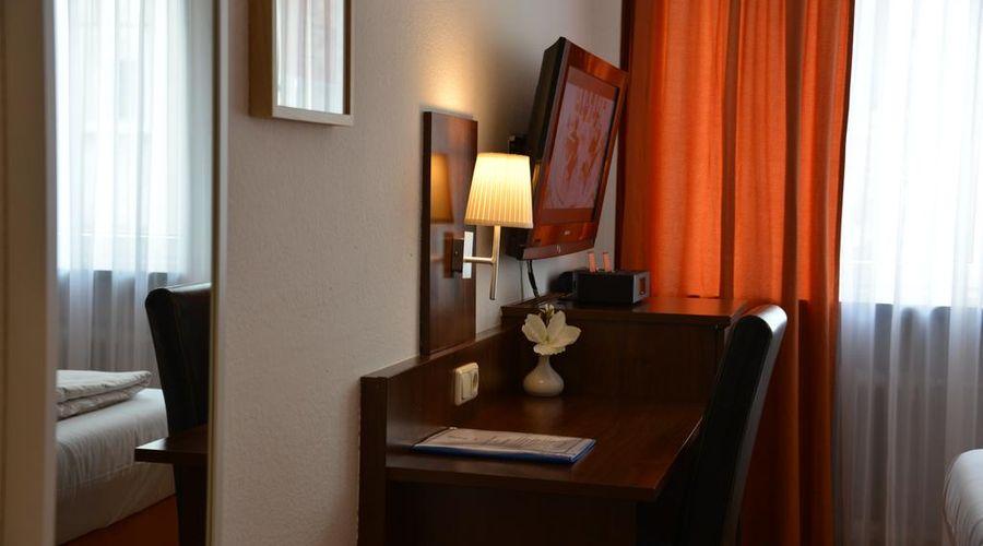 Hotel Italia-9 of 30 photos