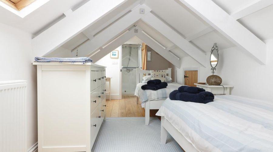 4 Coastguard Cottages-7 of 17 photos