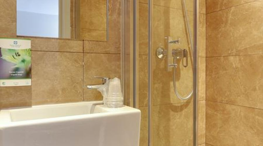 Sure Hotel by Best Western Paris Gare du Nord-13 of 42 photos