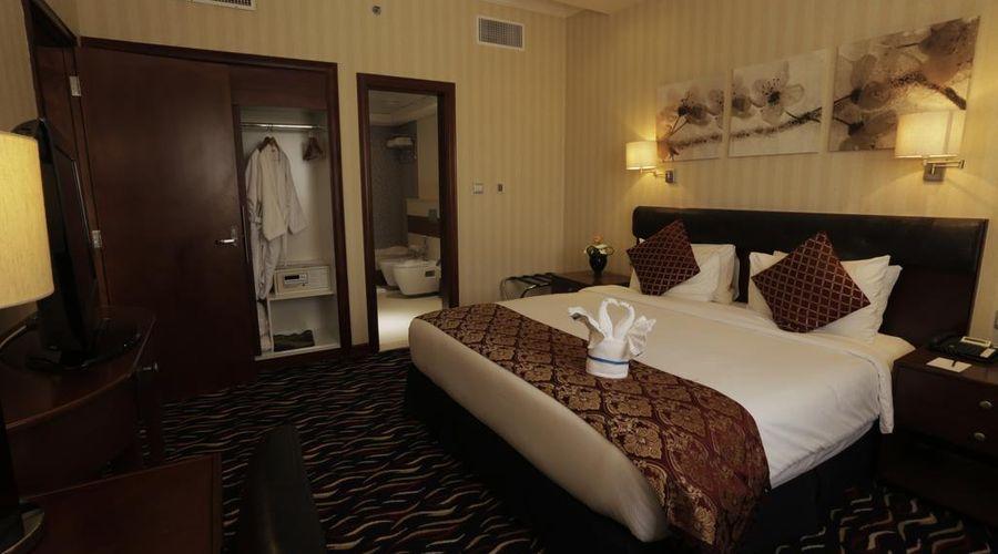 فندق كاسيلز البرشاء باي آي جي إتش-19 من 36 الصور