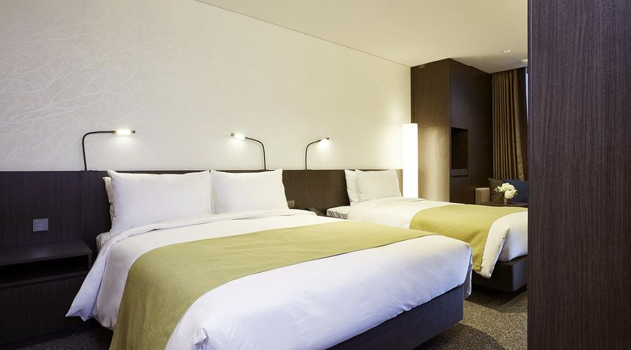 Nine Tree Premier Hotel Myeongdong 2-26 of 32 photos