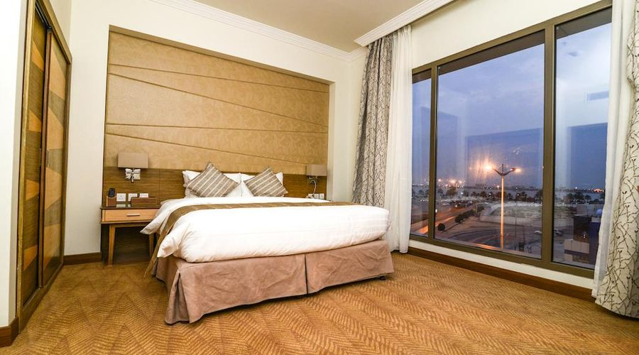 Golden Tulip Dammam Corniche Hotel -5 of 28 photos