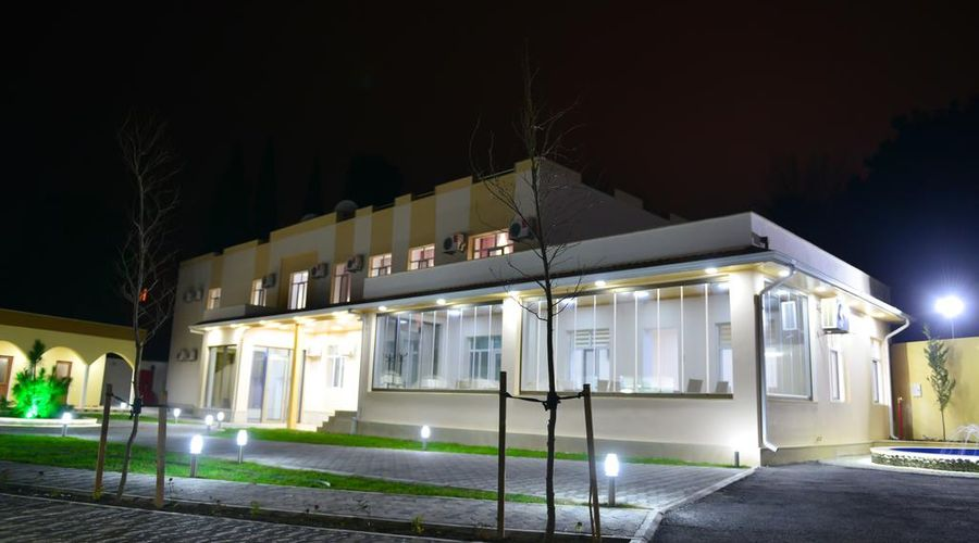 Planet Inn Hotel Baku-4 of 38 photos