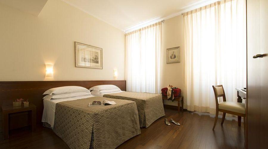 Hotel Fenice Milano-16 of 39 photos