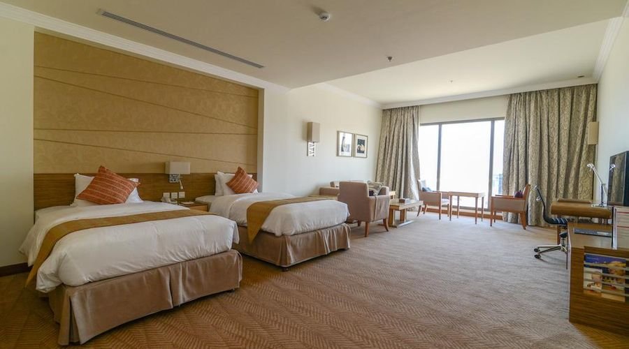 Golden Tulip Dammam Corniche Hotel -8 of 28 photos