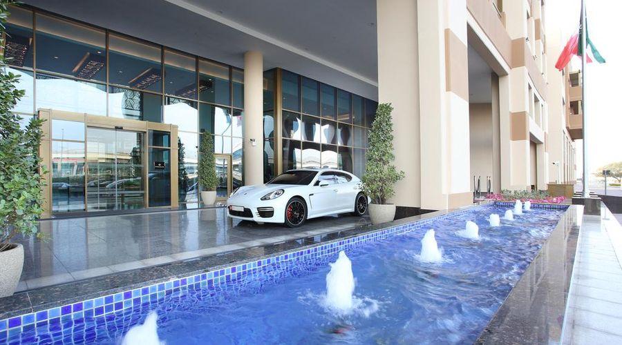 Metropolitan Hotel Dubai -3 of 29 photos