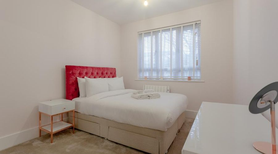 Refurbished Flat in Haggerston-8 of 10 photos