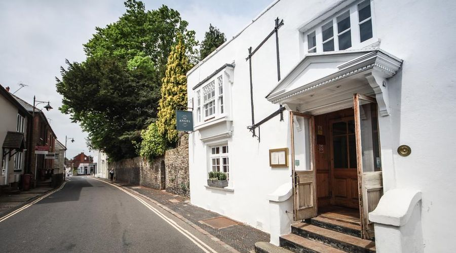 The Angel Inn, Petworth-2 of 43 photos