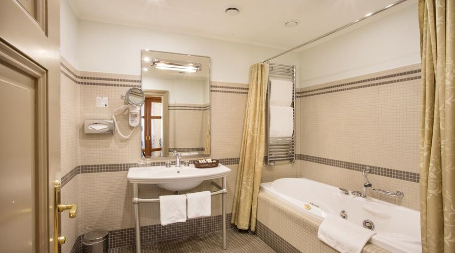 Iron Gate Hotel & Suites-40 of 30 photos