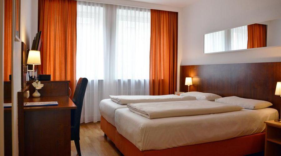 Hotel Italia-7 of 30 photos